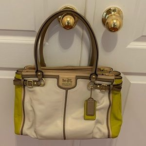 Coach Leather Hand/Shoulder bag